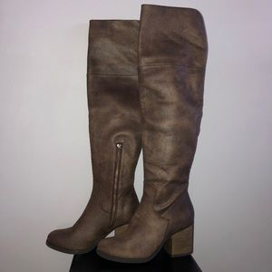 Brown HINGE over the knee boots